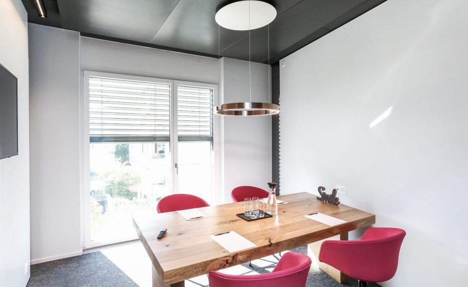 Sitzungszimmer für 4 Personen